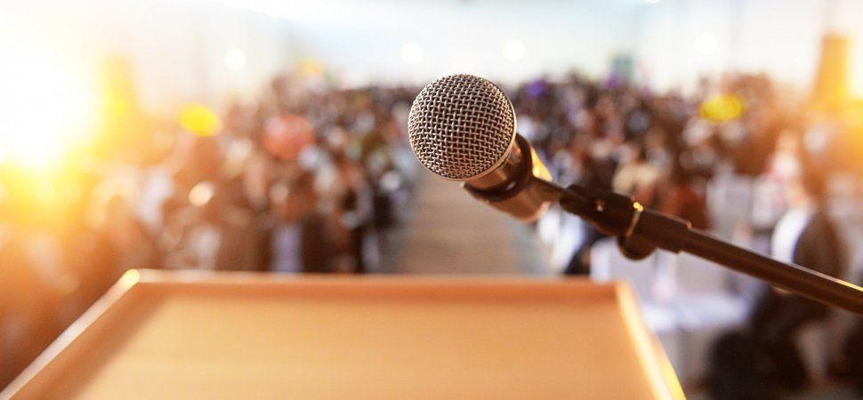 big audience public speaking